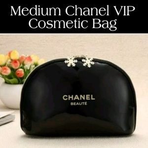 NEW CHANEL Black Patent Leather Makeup Pouch VIP